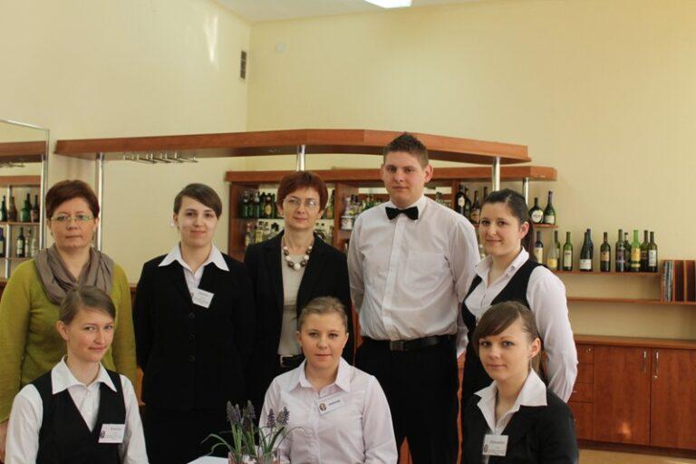 Read more about the article III Światowy Dzień Kelnera
