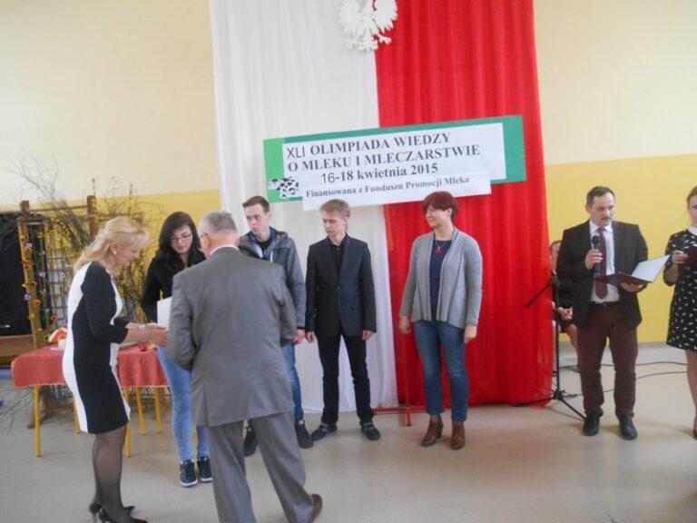 Read more about the article Finaliści Ogólnopolskiej Olimpiady <br> Wiedzy oMleku iMleczarstwie